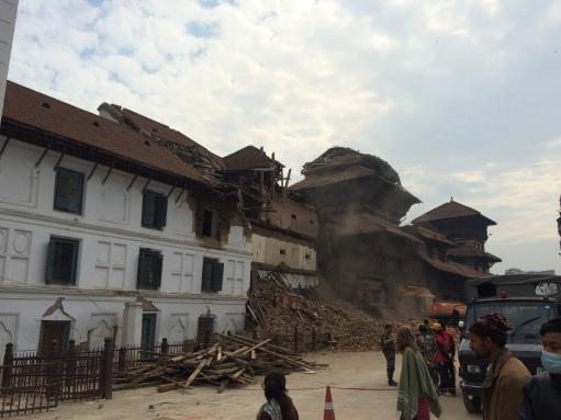 Durbarsquare_after_earthquake_3